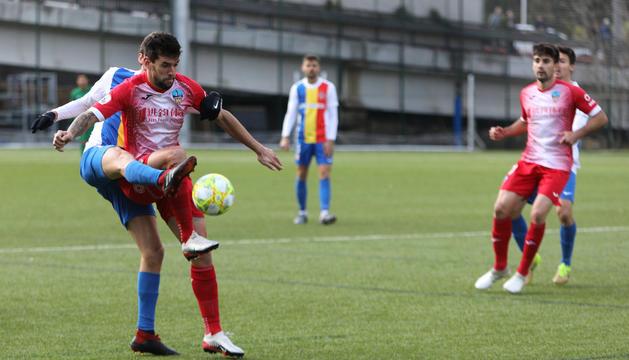 Duel entre FC Andorra i Lleida.