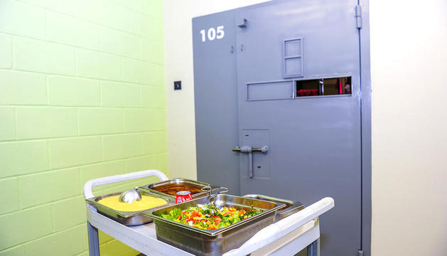 Un dels àpats que s'ofereix al centre penitenciari de la Comella.