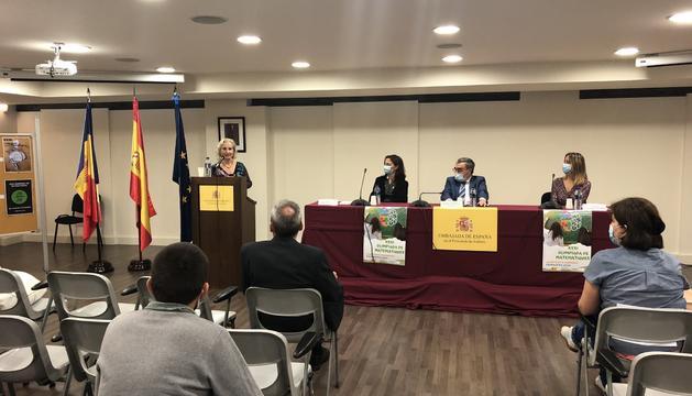 Entrega dels premis de l'Olimpiada de Matemàtiques a l'ambaixada espanyola