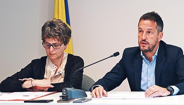 Susanna Vela i Pere López en roda de premsa.