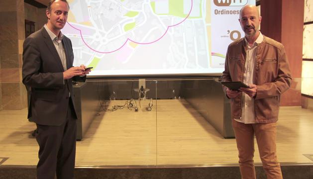 David Baró i Xavier Herver, en l'acte d'aquest matí al comú d'Ordino
