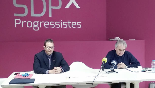 Donsión i Bartumeu i durant la roda de premsa.