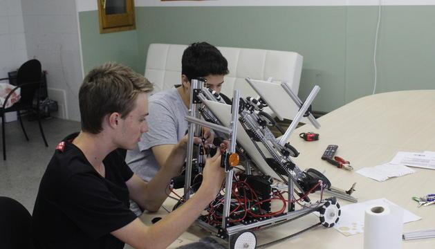 Una competició de robòtica anterior celebrada al Principat.