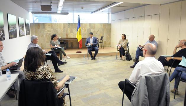 El ministre Jordi Gallardo durant la reunió d'avui