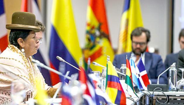 Una reunió ministerial celebrada en el marc de la Cimera Iberoamericana.