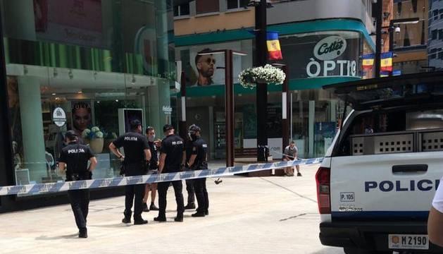 La policia en el lloc dels fets