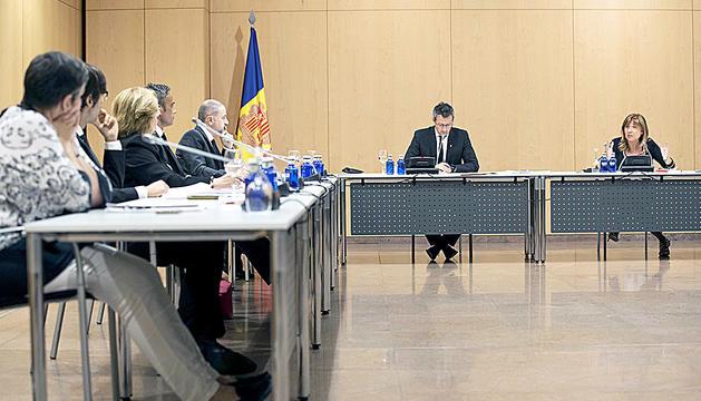 Un moment de la sessió del consell de comú.