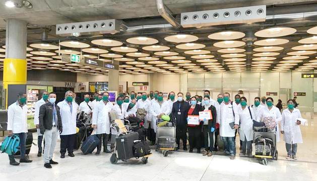 La deserció dels metges cubans i la cala de Sant Julià, als set tuits