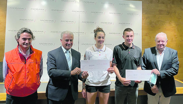 Acte d'entrega dels premis a la seu d'Andbank.