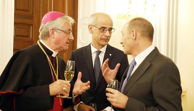 Escande amb el Copríncep episcopal i Toni Martí.