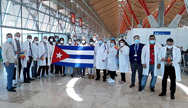 La brigada mèdica cubana inicia el camí de retorn a l'Havana