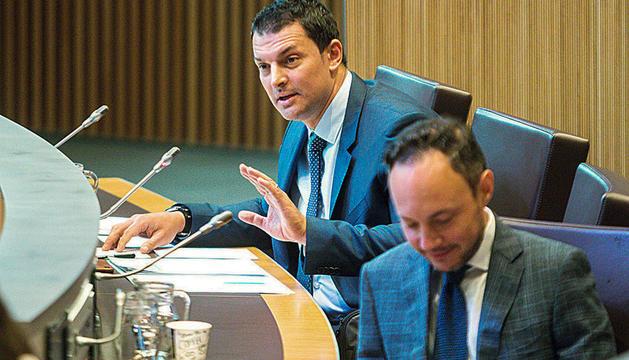 El ministre de Presidència, Economia i Empresa, Jordi Gallardo, al Consell General.