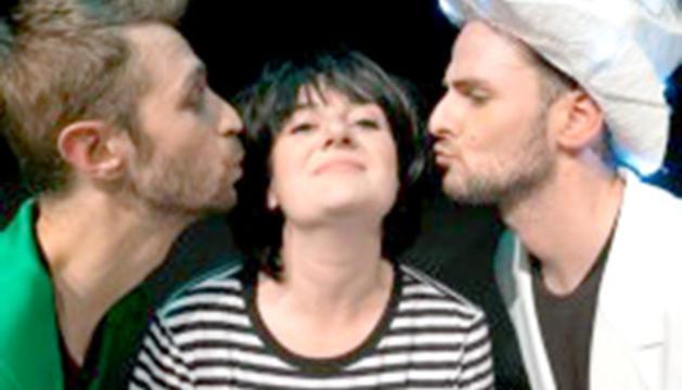 De quin colo és un petó?