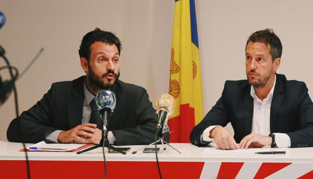 El primer secretari del PS, Gerard Alís, i el president del grup parlamentari socialdemòcrata, Pere López.