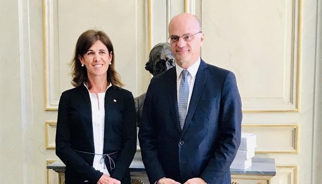 La ministra d'Educació i Ensenyament Superior, Ester Vilarrubla, i el ministre d'Educació nacional francès, Jean Michel Blanquer