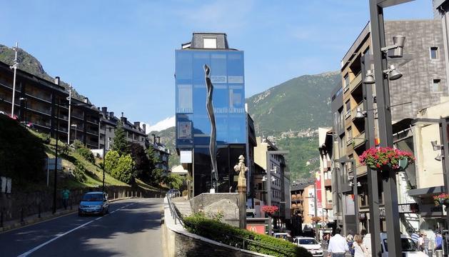 El carrer de la Creu Grossa d'Andorra la Vella
