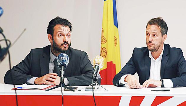 El primer secretari del PS, Gerard Alís, i el president del grup parlamentari, Pere López.