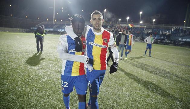 Javi Martos, a la dreta, en un partit d'aquesta temporada amb l'FC Andorra.