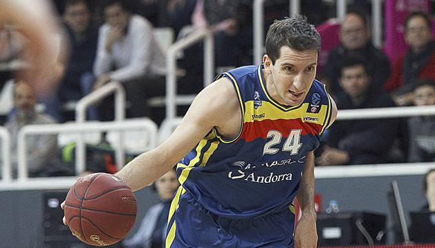 Guille Colom durant un partit al Poliesportiu d'Andorra.