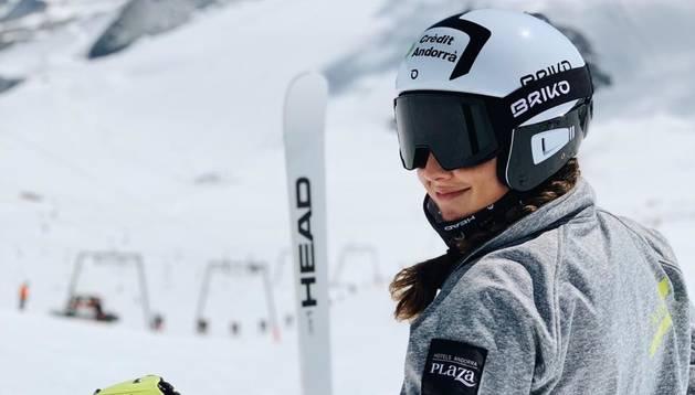 L'esquiadora de la FAE, Cande Moreno.