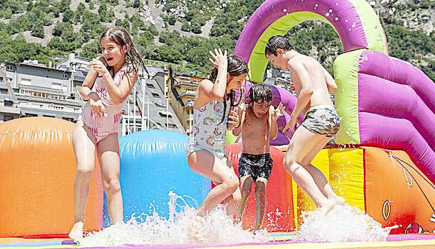 L'Aquaparc obre amb un límit de 160 usuaris al dia