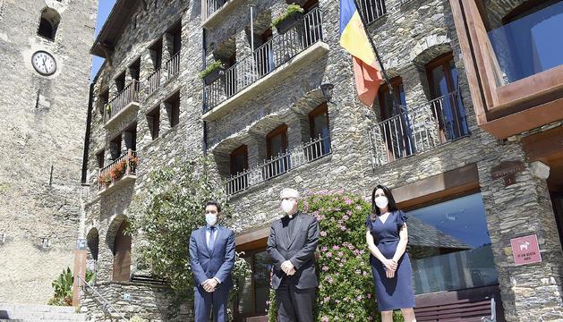 Vives tanca a Ordino les visites a les parròquies