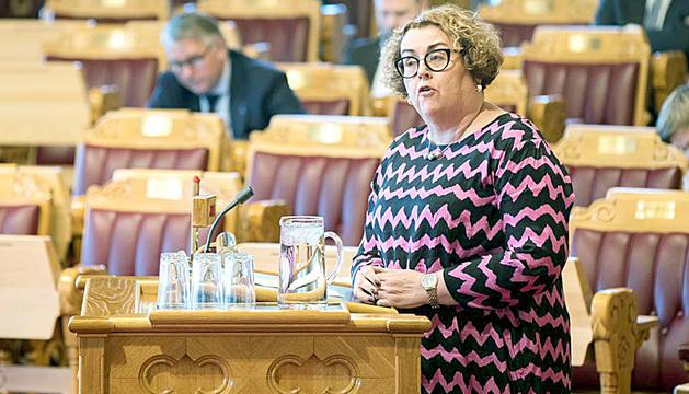 La ministra escandinava d'Agricultura i Alimentació, Olaug Bollestad, que va informar de la decisió del seu govern.