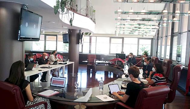La sessió de la sessió de consell de comú a Canillo.