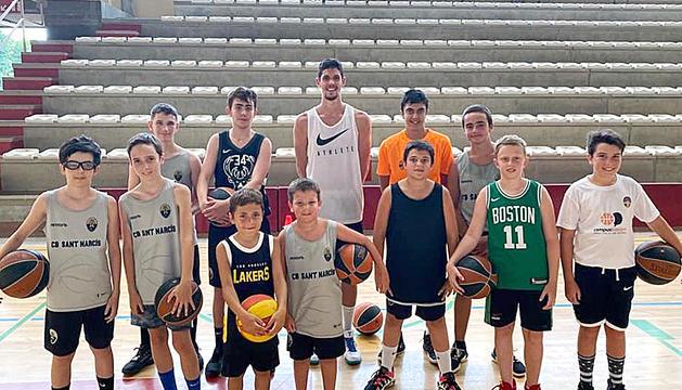 Oriol Paulí visita els joves del campus del CB Sant Narcís
