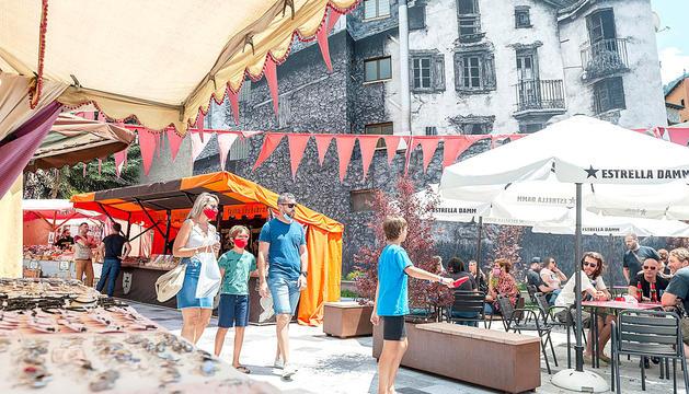 Mostra del mercat celebrat a Encamp.