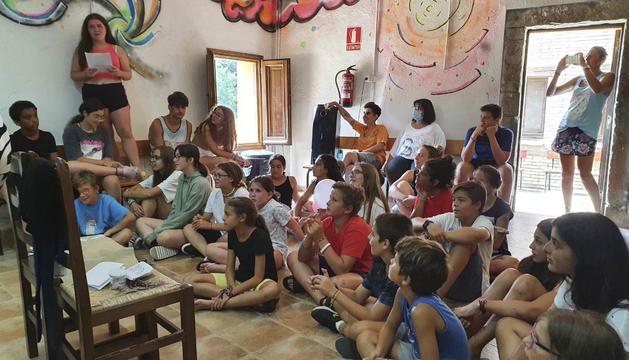 Els infants a Brunyola
