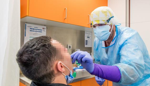 Proves TMA per detectar contagiats de la Covid-19