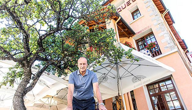 Josep Maria Rossell aprofita l'estiu per llegir i jugar al golf.
