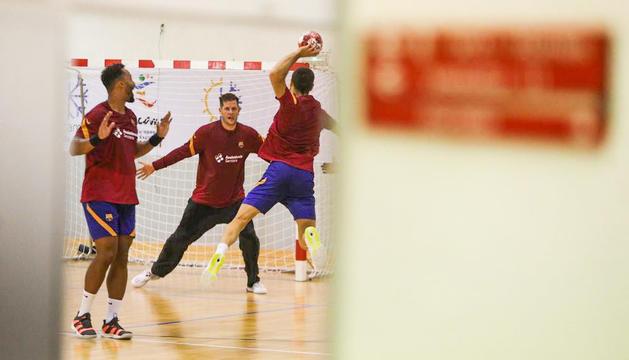El Barça d'handbol ja entrena a Encamp