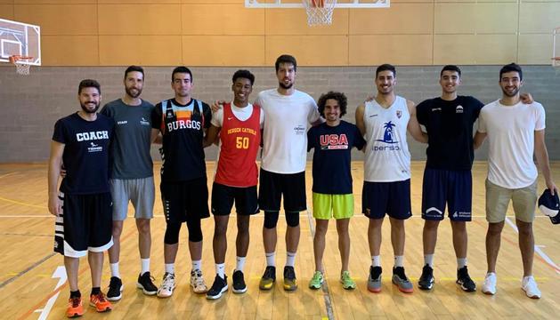 Participants al campus de tecnificació de bàsquet.