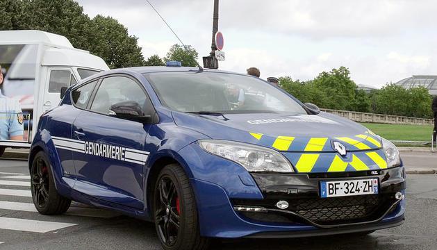 La gendarmeria va interceptar el vehicle.