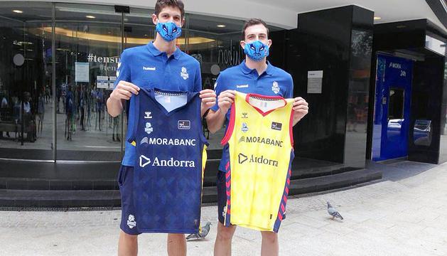 Oriol Paulí i Sergi García, ahir abans de la presentació.