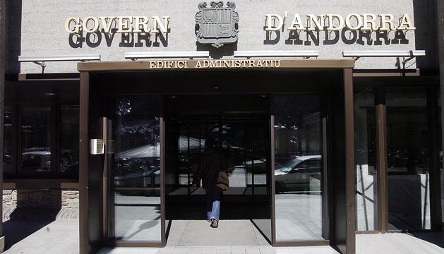L'edifici administratiu de Govern.