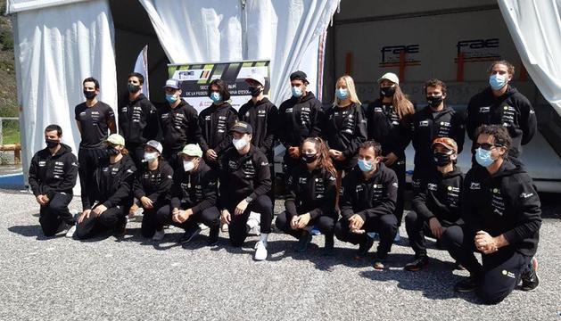 L'equip d'esportistes de la FAE.
