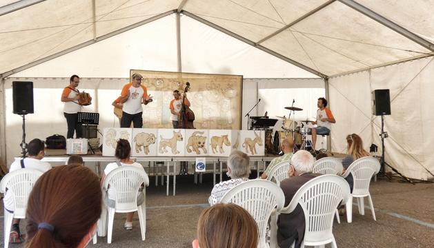 Una de les activitats de la festivitat de Sant Bartomeu a l'envelat