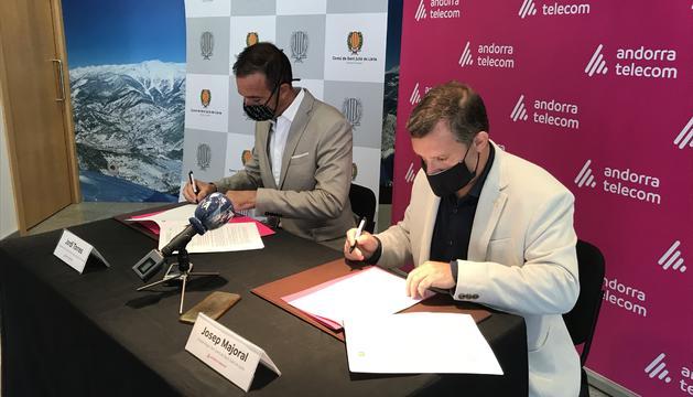Torres i Majoral han signat el conveni aquest matí