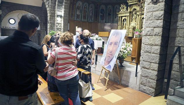 El funeral per Gabriel Guzmán es va celebrar ahir al vespre a l'església de Sant Pere Màrtir d'Escaldes-Engordany.
