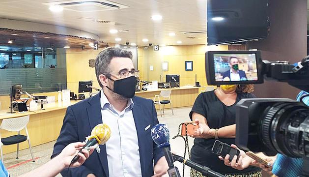 El ministre portaveu, Eric Jover, durant la compareixença ahir.