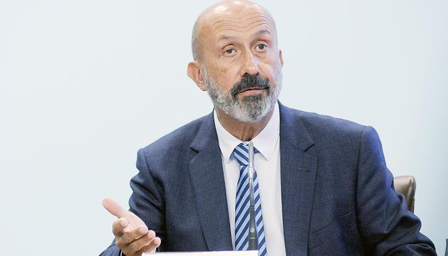 El ministre de Salut, Joan Martínez Benazet, durant la compareixença.