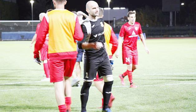 Eloy Casals, en el seu darrer partit en actiu, a l'Europa League davant l'Iskra.