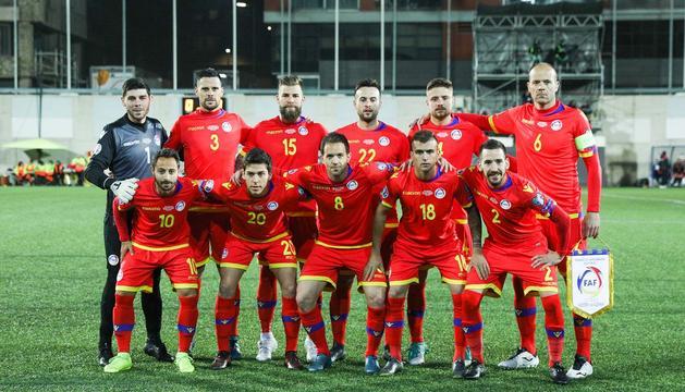 Jugadors de la selecció absoluta de futbol en el partit contra Albània