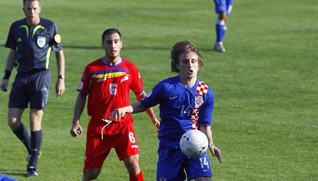 Un Luka Modric amb 22 anys en la seva visita al Comunal el 2007