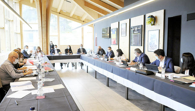La reunió de cònsols es va celebrar ahir al matí al restaurant al coll de la Botella.