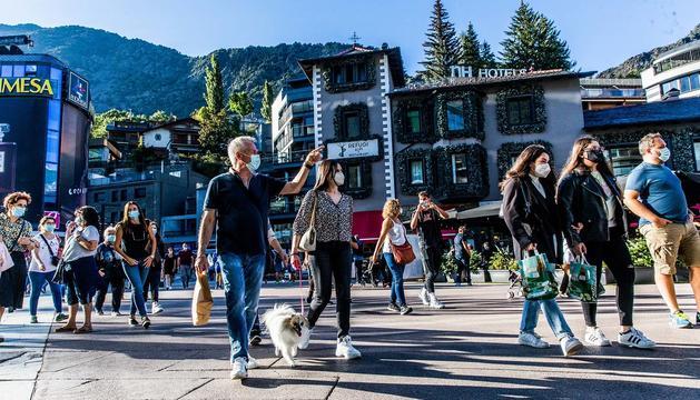 Turistes durant el pont de la Diada divendres fa una setmana