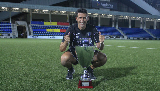 El ja ex-tècnic de l'Inter Escaldes, Adolfo Baines